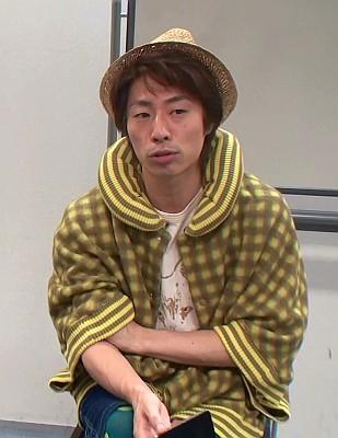 田村淳(ロンドンブーツ)のファッション画像